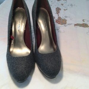Christian Siriana Medium gray flannel heels, used